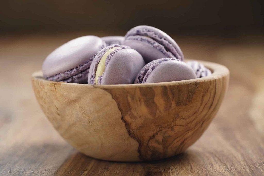 Purple Bowl of Macaroons2